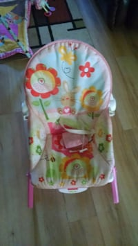 baby's white and green bouncer Ruston, 71270