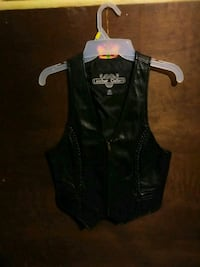 Leather gallery vest