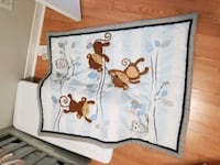 Baby crib blanket. Comes with matching bed skirt Laval, H7A 2M2