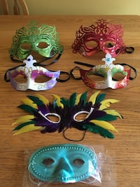 12 Party Masks  Lincoln, L0R