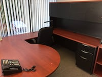 brown wooden sectional office desk Québec, G1N