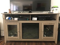 Like-New TV Stand with Electric Fireplace - $200 OBO CAPITOLHEIGHTS