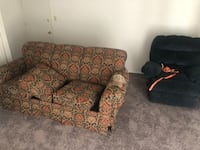 couch Baltimore, 21229