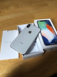 iPhone X 64gb (Silver) in Mint Condition Calgary, T2R 0L3