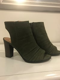 Army Green Heels - New - Size 10 Manassas
