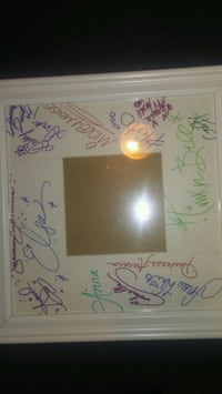 Disney character signatures picture frame  McKeesport, 15132
