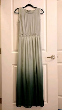 Formal evergreen ombré maxi dress SIZE 8 Cary, 27513
