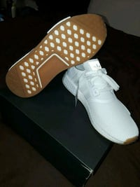pair of white  nmd 10 1/2 Perris, 92571