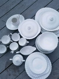 white ceramic plates and bowls Arlington, 22201