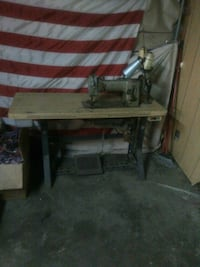 brown and gray sewing machine Memphis, 38106