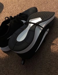 Dual-tone Nike Shoes  New Whiteland, 46184