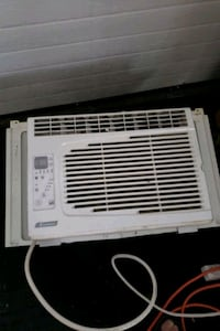 Air conditioner  St. Catharines, L2N 2W5