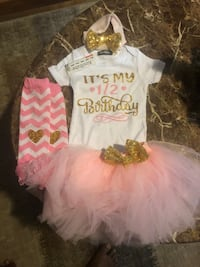6 months outfit for 1/2 birthday and cozy premium  Diberville, 39540