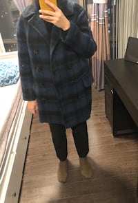 Perfect wool female coat for the winter Toronto, M5S 1N8