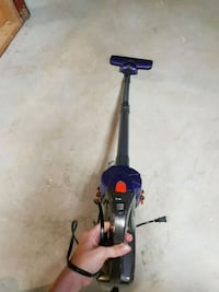 Lightweight Gravitti vacuum - stick and handheld option Vaughan, L6A 1Y8