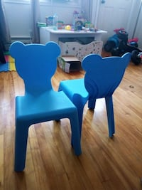 4 blue bear preschool chair Laval, H7M 1Z4