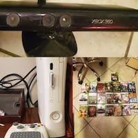 Xbox 360 w wireless adapter and 20 games and kinec El Paso, 79912