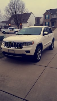 Jeep - Grand Cherokee - 2011 negotiable Independence