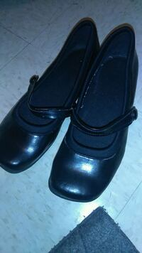pair of black leather slip on shoes Lynchburg, 24502