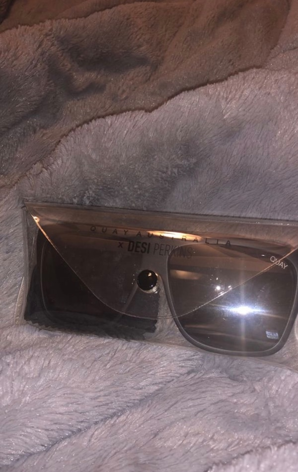 378082d595dd7 Used Quay Sunglasses  Brand New  for sale in Redwood City - letgo
