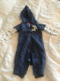 Carters long sleeved romper 3m Whitby, L1M