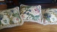pillows 3 all for 6 Toms River