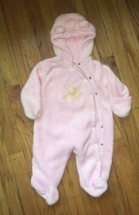 37b210548 baby girl 3-6 month DISNEY pink SNOW SUIT POOH BEAR HOOD Costume soft and