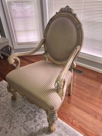 Accent chair Gainesville, 20155