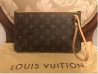 Louis Vuitton hangbag  BROOKLYN