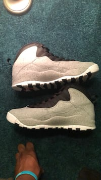 Jordan retro 10 smoke greys Size 10.5 Columbia, 21045