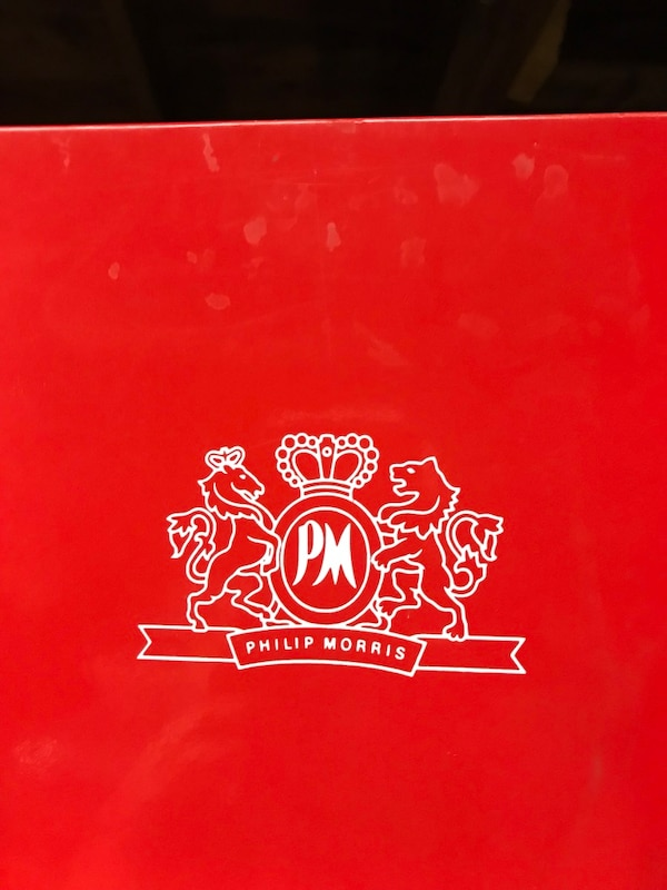 Used Philip Morris Clear Plastic Stand Up Picture Frames For Sale In