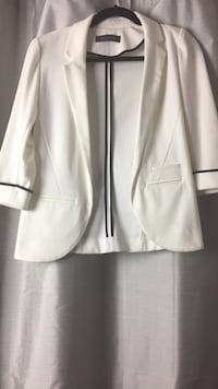 White and black suit jacket (brand new) Milton
