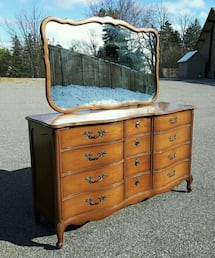 Malcolm Dresser with mirror