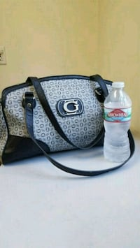 Guess Black and Grey Purse  Monterey Park, 91754