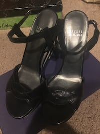 Stuart weitzman sandals 6m new Fairfax, 22032