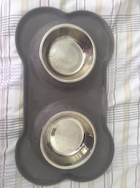 Puppy dog bowls with mat Vaughan, L4J 7W6