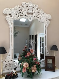 Table with mirror, ornate white in perfect condition, mirror is 6'x3', table is 4'x3'x 2' Pasadena, 21122