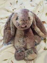 BNWOT Grey-Brown Jellycat Bunny Vancouver