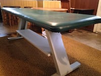 Green leather cushioned massage bed Kearneysville, 25430