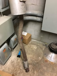 """GMC Sierra pick up exhaust. Came off a 2017 sierra with a 153"""" wheel base ... 4wd.. veh has 15000 klm. I up graded exhaust system"""