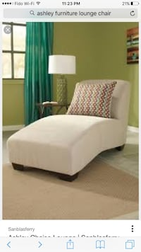 Large cream colour chaise  556 km