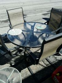 round glass top table with black metal base Odenton, 21113