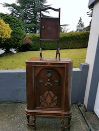 Antique Console Radio Top cabinet storage not incl Burnaby, V5E 1N4