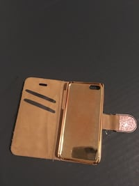 Gold-colored iphone case Ogden, 84403