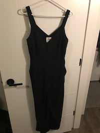 Aritzia jumpsuit  Maple Ridge, V2X 0X6