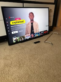 Like New 40 Inch Sony Bravia Smart Television w/Remote & Base Stand