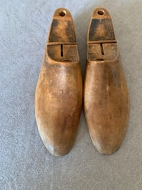 Men's Vintage Shoe Form Toronto, M5E 1R8