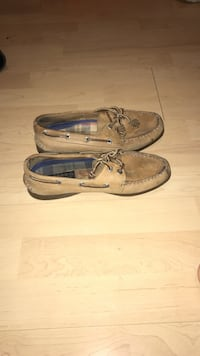 pair of brown leather boat shoes Cambridge, N3H 3W6