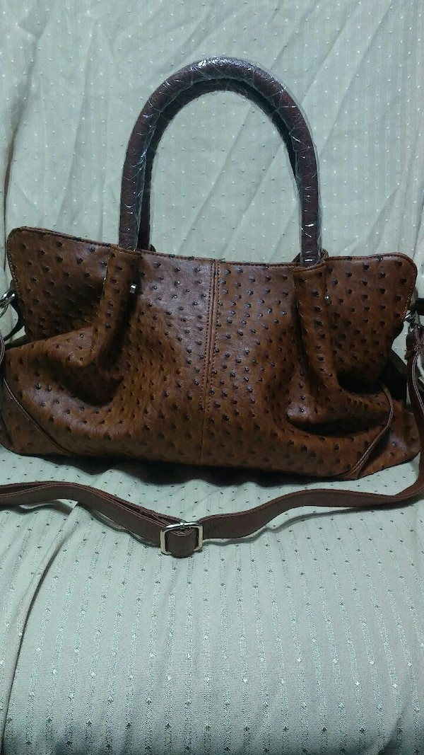 Used Scarceton ostrich purse for sale in Midwest City - letgo 3925be948619d