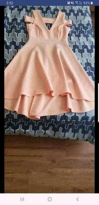 Sezy peach dress size 8 Lake Ridge, 22192